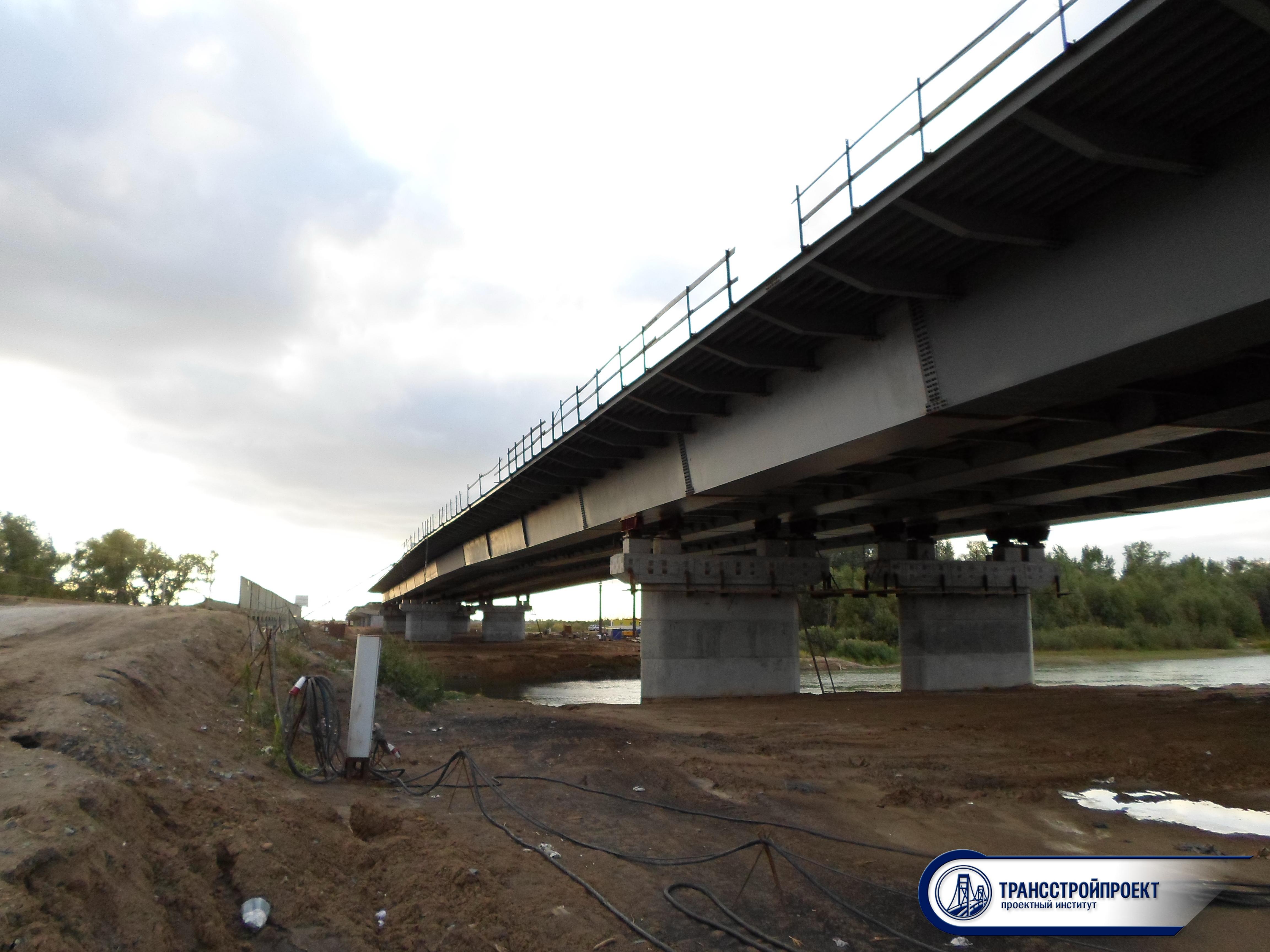 01_Металлический мост через старый Иртыш на обходе города Павлодар