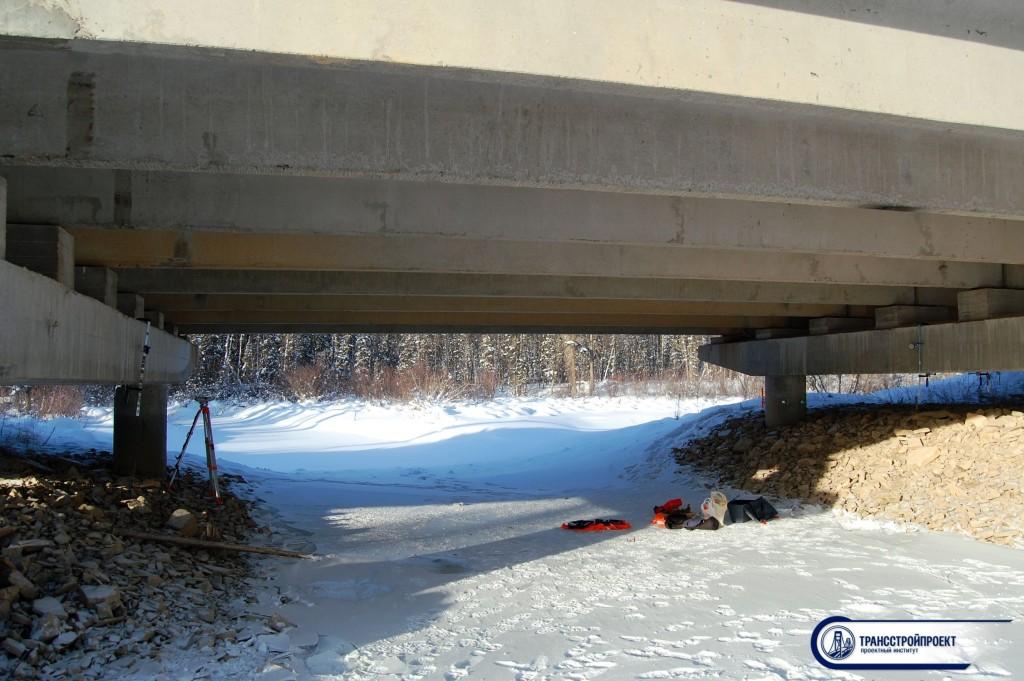 Мост на автодороге М-56 Лена