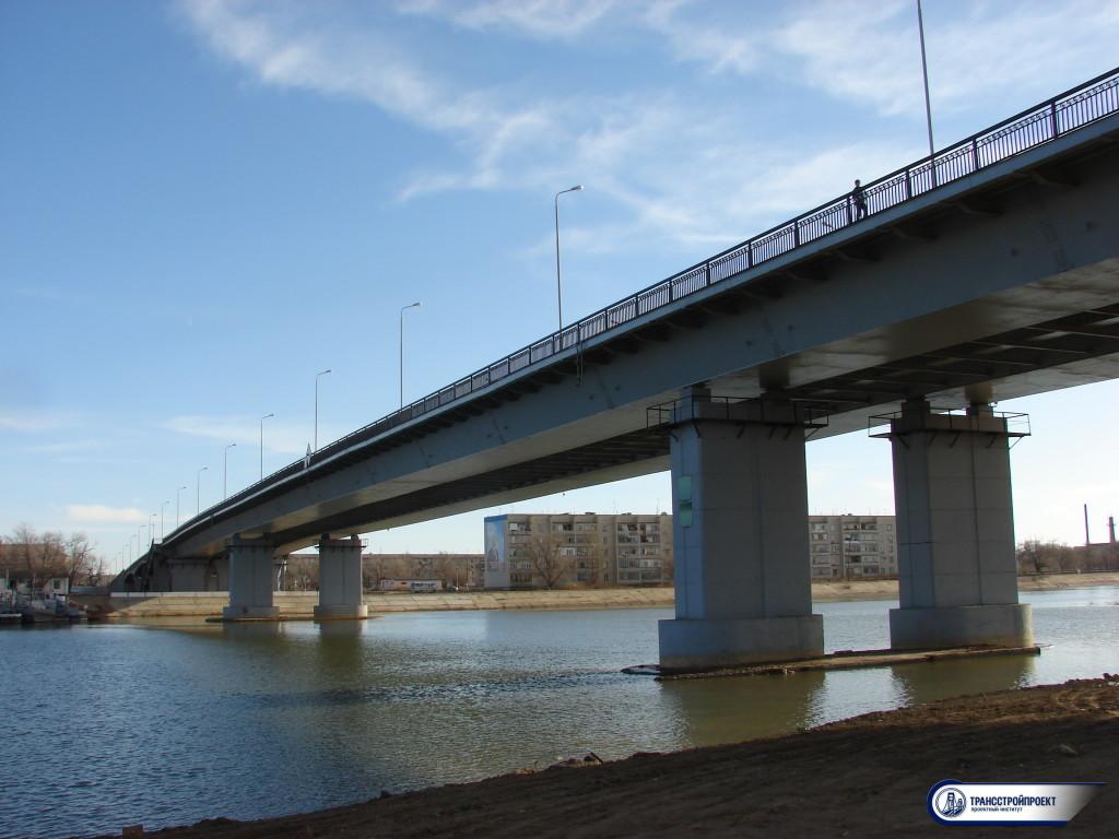 02_Мост соединяет Европу и Азию