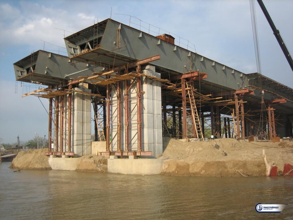 09_Ненадвигаемая часть пролентного строения. Мост через Урал