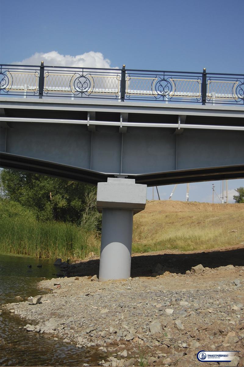 Металлический цельносварной автодорожный мост