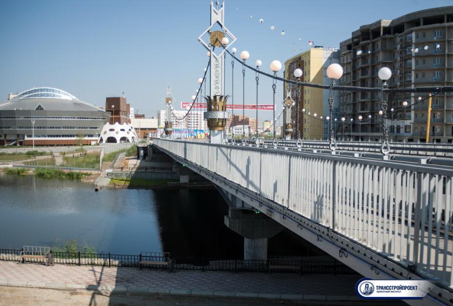 Мост через озеро Сайсары Якутск 4